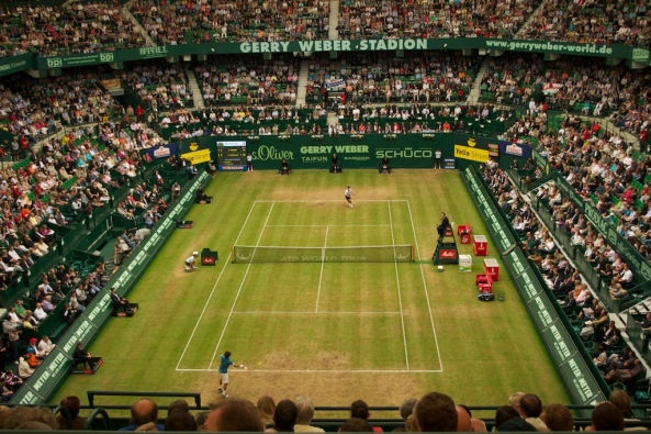there have been six different players to complete the Queen's Club-Wimbledon title double in the same year, including John McEnroe (81, 84), Jimmy Connors (82), Boris Becker (85), Pete Sampras (95, 99), Lleyton Hewitt (2002) and Rafael Nadal (2008).